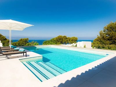 Photo for Spectacular Villa with Seaview, Pool, Terraces & Wi-Fi; Parking Available