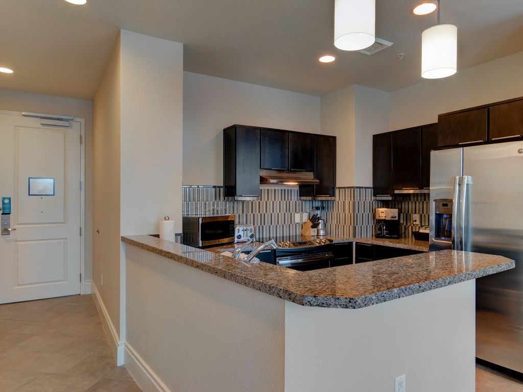 Wyndham desert blue 3 bedroom presidential condo las - 10 bedroom house for rent in las vegas ...