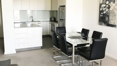 Photo for Stunning Two-bed Wyndel Apartment ATC0381302