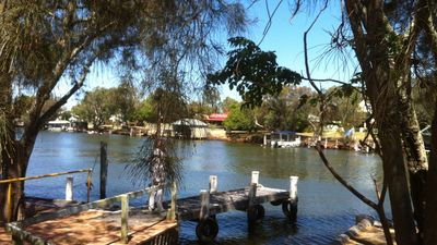 Photo for Murray River waterside house - own mooring