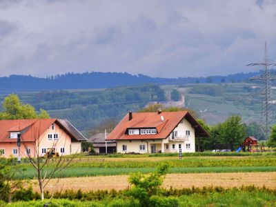 Photo for Land Holiday at the winery in the natural landscape of the Kaiserstuhl, overlooking the vineyards