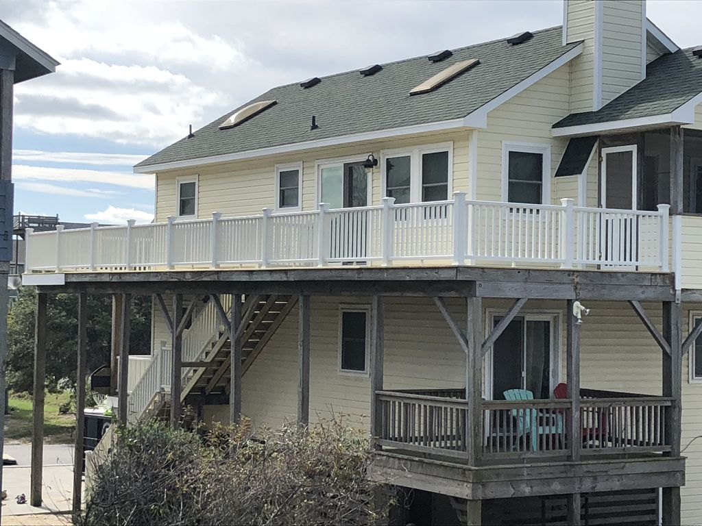 Bernies Bungalow Only 450 Ft To Beach Private Pool Hottub Tikibar