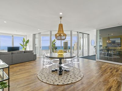 Photo for Stylish 3-Bedroom Q1 Apartment with Ocean Views
