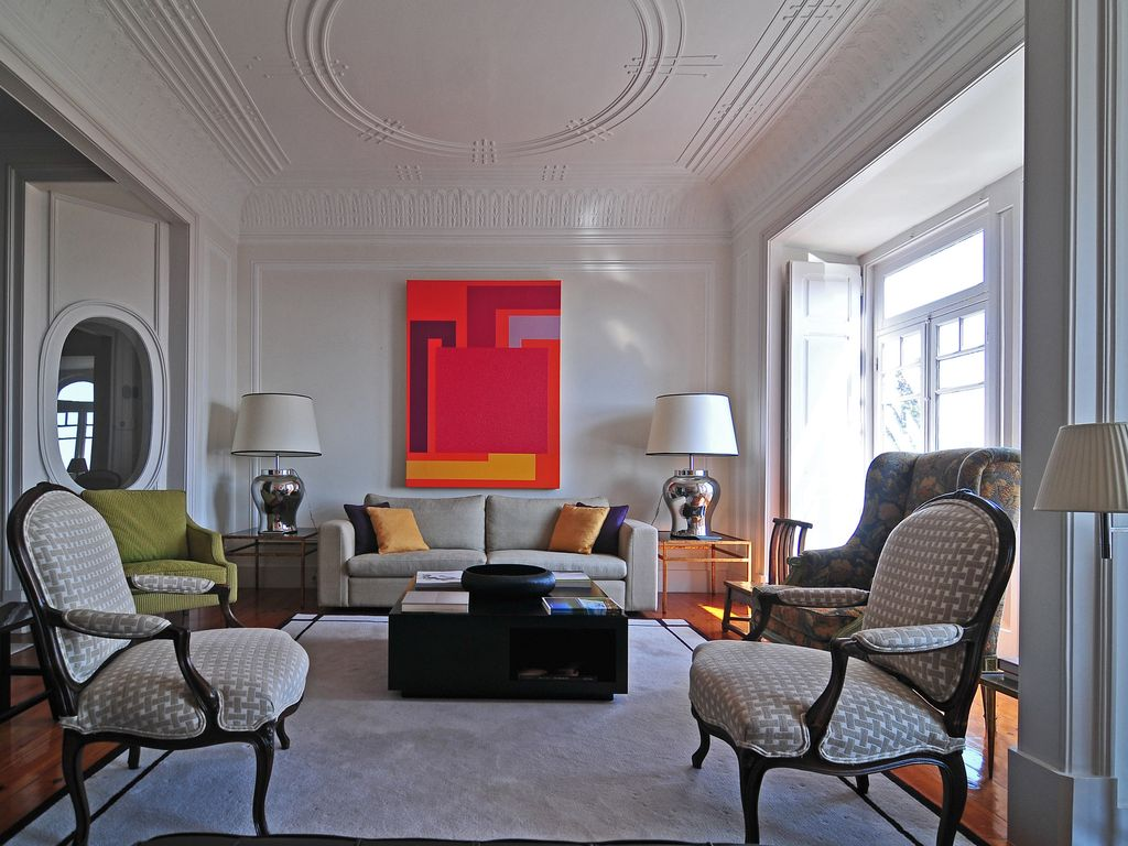 Fabulous Contemporary Art Apartment In The Center Of Lisbon Is 8 People