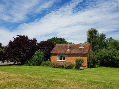 Photo for Charming, spacious cottage with authentic details and situated in the calm Kent