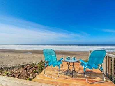 Photo for Bright and cozy oceanfront home w/ easy beach access and amazing views