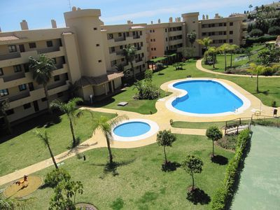 Photo for Seaside family friendly & Golf holiday apartment