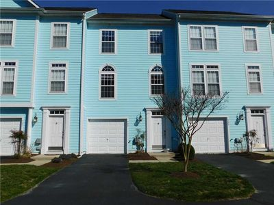 Photo for 733 (39689) Sunrise Court: 4 BR / 2.5 BA  in Bethany Beach, Sleeps 8