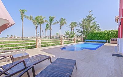 Photo for Mar Menor Golf Resort, luxury 3 bed villa with private pool & 6th green location