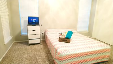 Photo for 1BR Apartment Vacation Rental in San Antonio, Texas