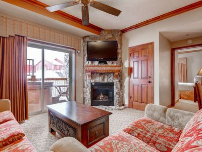 Photo for Escape the Heat! Great for Families-AC, 4 King Suites, Private Hot Tub & 2 Decks! Pool, Free Shuttle