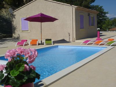 Photo for Comfortable 3-star villa 5 minutes from Vaison la Romaine