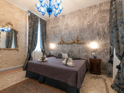 Photo for MUNEGHE 2 The luxury of a 5-star hotel in San Marco