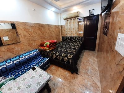 Photo for Private Luxuary Studio apartment with fully equipped kitchen & attach washroom