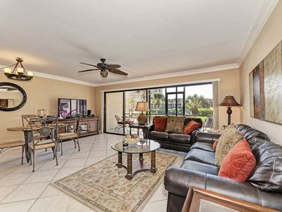 Photo for Captivating Bayside 614–1st floor near pool, Free Cable,Wi-Fi, Central A/C, and Beach Access.