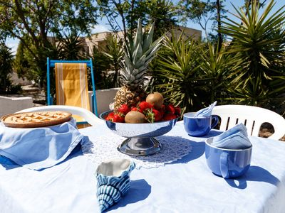 Photo for Holiday Apartment Close to the Beach with Air Conditioning & Terrace; Parking Available, Pets Allowed