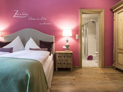 Photo for Double room Linde - Waldruhe - bed, breakfast and a smile