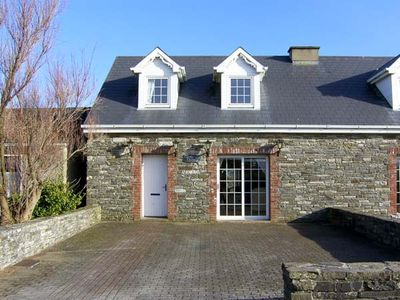 Photo for CARRAIG BRIDE, pet friendly in Kilkee, County Clare, Ref 4619