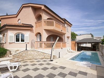 Photo for Villa Laura with splendid sea view and heated pool Just 150m  from the beach.