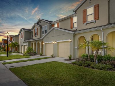 Photo for Four Bedrooms Vacation Home close to Disney 5121