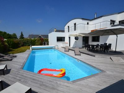 Photo for Magnificent 4 * villa with pool and spa, sea view terrace