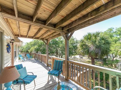 Spirited, Tybee home with Wifi and easy beach access