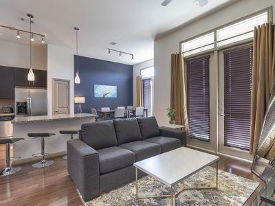 Photo for LUXURIOUS CALI KING BED MIDTOWN FULLY EQUIPPED CONDO - ⭐⭐⭐⭐⭐
