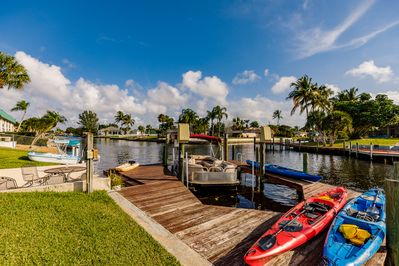 We can set you up with boat rentals. Kayaks, power or pontoon boats.