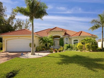 Photo for Luxury Home, southern exposure, 2012, heated pool & Spa, SW area, gulf access