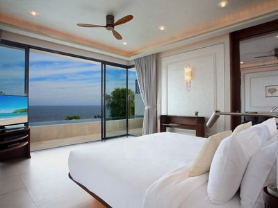 Photo for Beachfront Penthouse
