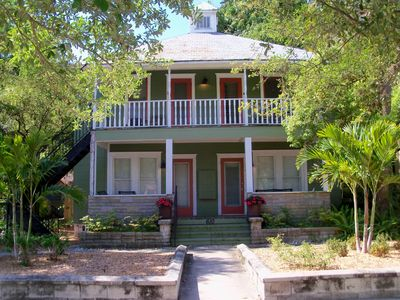 Photo for St Petersburg, FL - Sunshine City Rentals - Downtown - Arts, Culture, Dining