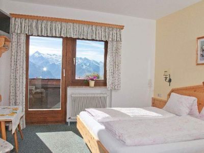 Photo for Double room with you od. Bathroom, toilet, balcony - Holzegghof, house