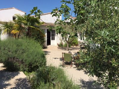 Photo for Family villa on the Ile de Ré, full of charm