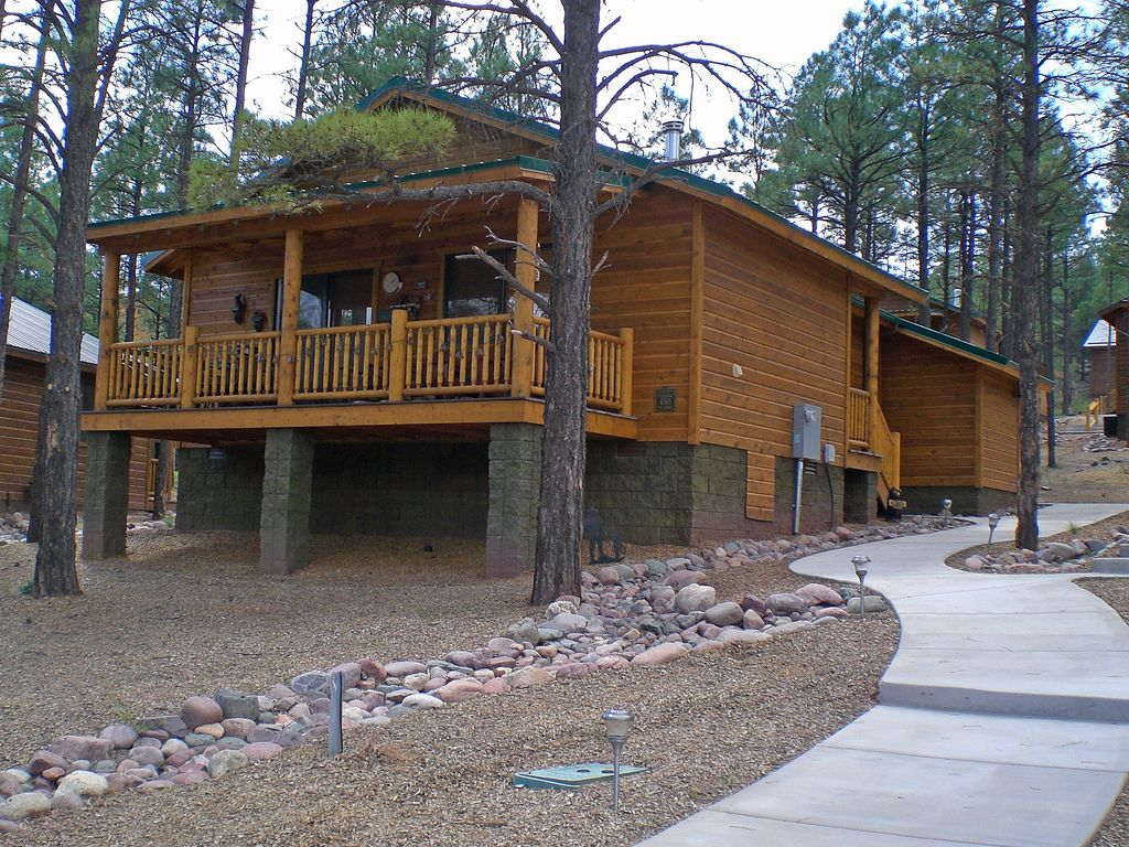 asheville rentals and the a treehouse getaway rafting biltmore springs cabin reverse with near fireplace estate romantic cabins tub hot nc arkansas in look