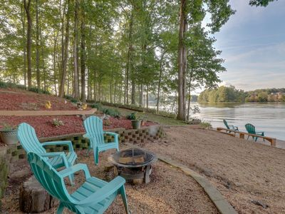 Photo for NEW LISTING! Beautiful Home w/180 view of lake, dock, pool table & private beach