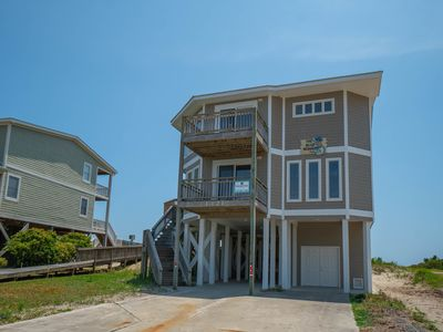 "Photo for Oceanfront with pool and hot tub! BRAND NEW listing with PROACTIVE Vacations, ""A Blue Monkey"" is a newly reconfigured & updated Ocean Front Home in the exclusive gated community of Holden Beach West."