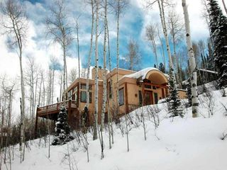 Snowmass Village country house / chateau