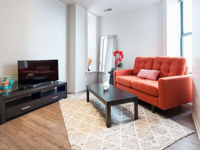 Photo for Delightful 1BR in South Loop by Sonder