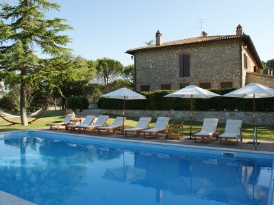 Photo for Beautiful and spacious 2-storey villa in the beautiful Umbria (room for 18)