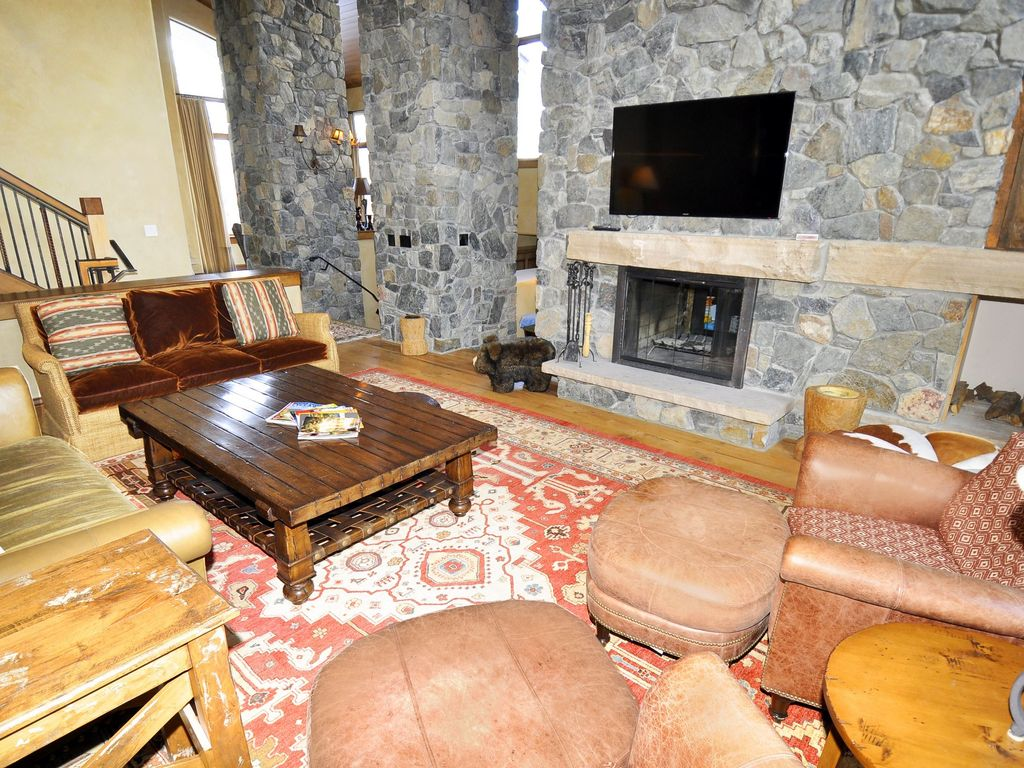 636a forest road luxury home rental vrbo