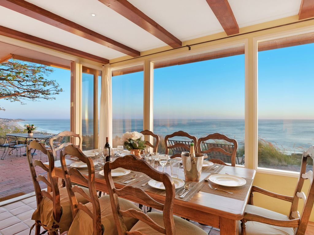 Romantic malibu celebrity retreat 180º ocean views spa 8 acres gat