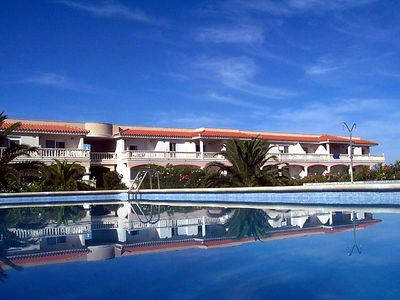 Photo for One bedroom Apartment, sleeps 3 in Riumar with Pool, Air Con and WiFi