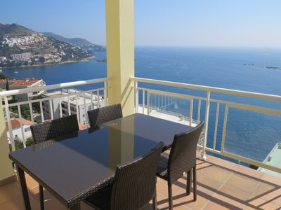 Photo for 1. Apartment with incredible views of the Bay of Roses with community pool.