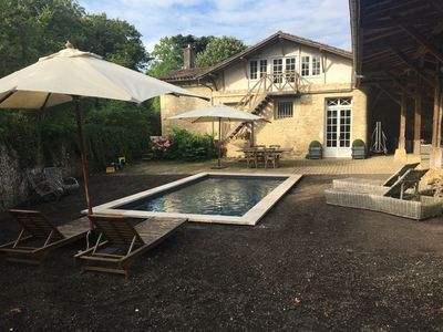 Photo for Country house 15km from Bordeaux with breathtaking views of the Garonne
