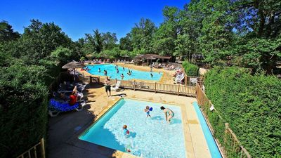 Photo for Luxe Sanitary Xl 6 pers. Villatent at a family campsite in Dordogne.
