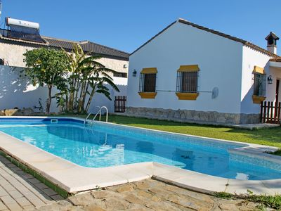 Photo for Chalet la Dehesa with fenced pool