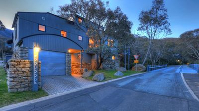 Photo for PINNIBAR CHALET #1 - 2Bed+2Loft & 2.5Bath - Sleeps 8, Great for the family!