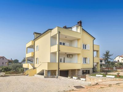 Photo for Apartments Graciella, (14130), Lovrečica, Umag riviera, Croatia