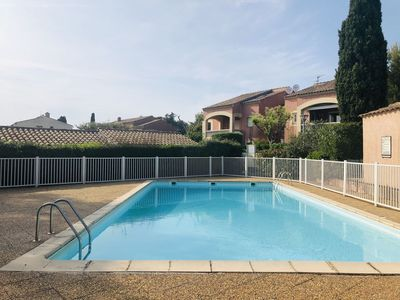 Photo for Pleasant T2 in residence, terrace, swimming pool, wifi, garden, parking