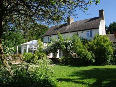 Photo for 8BR Cottage Vacation Rental in MORETON IN MARSH, Cotswolds